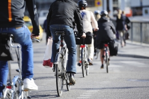 Semaforo rosso: date fiducia ai ciclisti!