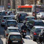 Come l'industria automobilistica ha criminalizzato pedoni e ciclisti